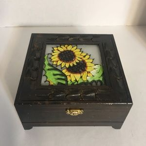Cute Sunflower Glass Top Trinket Box!